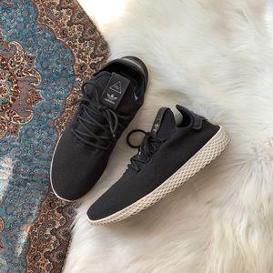 adidas pharrell williams gray sneakers